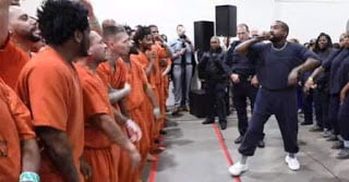 WATCH Video Kanye West performance at Harris County Jail