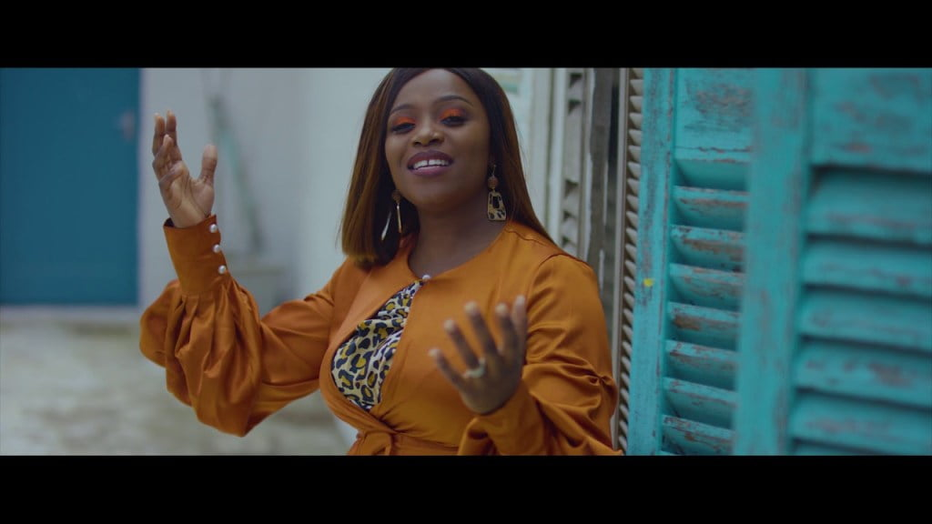 Download Music and watch Video Ndimi By Janet Mayour
