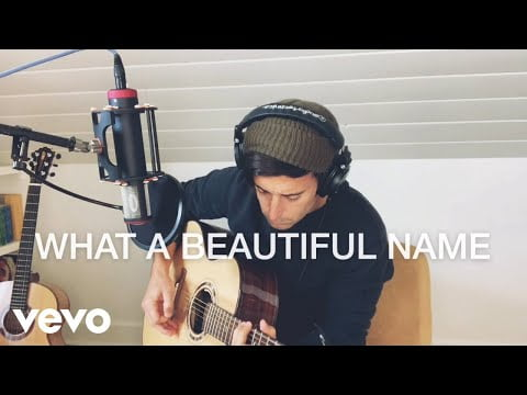 Download Music Phil Wickham – What A Beautiful Name [MP3 + Lyrics]